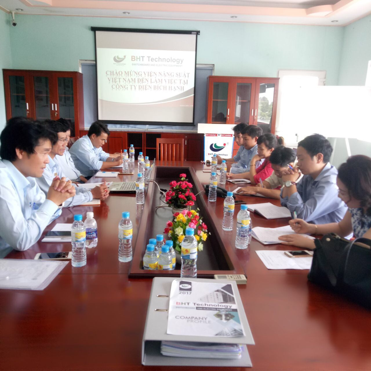 VIETNAM PRODUCTIVITY INSTITUTE  WORKED IN BHT Technology FACTORY